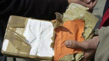 detuvieron a una mujer con dos kilos de cocaina