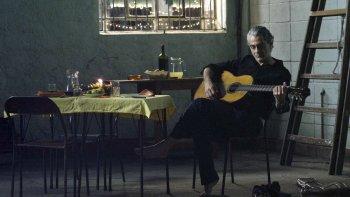 Daniel Melingo se prepara para presentar su nuevo disco, Anda.
