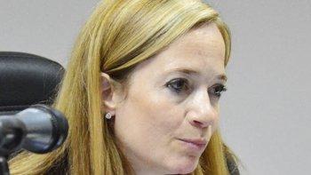 La juez Laura Servent le sugirió ayer al agente penitenciario Rizaldo Pena que inicie un tratamiento psicológico que entre otros aspectos positivos favorecería su situación judicial.