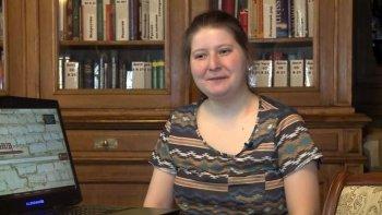 la joven que hackeo millones de estudios restringidos