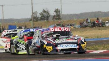 Marcelo Agrelo y su Ford tuvieron un final inesperado en Viedma.