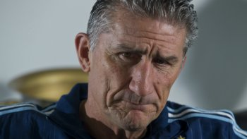 bauza: quiero que argentina salga campeon del mundo