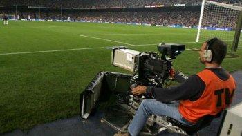 fox-turner, espn y mediapro quieren televisar el futbol argentino