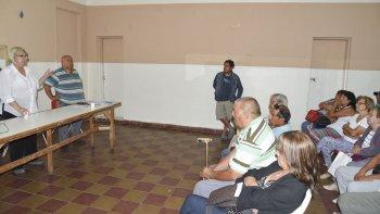 La abogada Sandra Partenio mantuvo ayer una nueva charla con ex agentes de YPF.