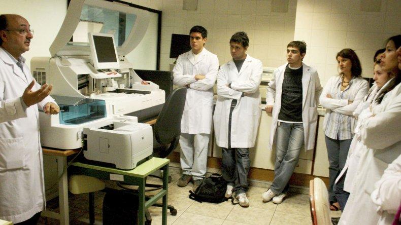 El Ministerio de Salud habilitó 77 cupos de formación en los nosocomios de Comodoro Rivadavia, Trelew, Puerto Madryn, Esquel, Rawson y El Maitén.