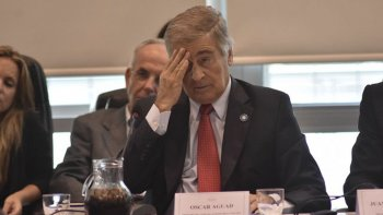 Aguad respondió preguntas en el Congreso sobre el acuerdo Gobierno-Correo.