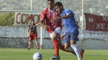 Huracán y Jorge Newbery completan el partido de la Copa Argentina en cancha de USMA.
