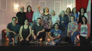 El grupo Salida de Emergencia presenta Ellas dicen... y Lombrices, dos obras con la que festejarán el aniversario de Comodoro Rivadavia.