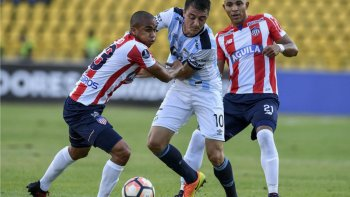 Atlético Tucumán volvió de Colombia con una derrota por la mínima diferencia.