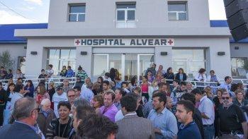 el gobernador pide a ypf que  le responda su solicitud de equipamiento para el hospital