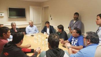 La reunión que el gobernador mantuvo a temprana hora de ayer con ex trabajadores de Guilford.