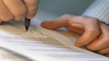 municipales vendian terrenos privados con titulos falsificados