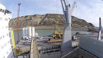Nación afirma que se construirá la represa de Santa Cruz.
