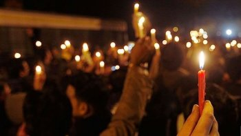 hoy habra una marcha de velas en sarmiento