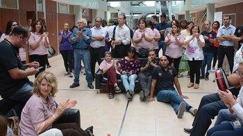 Trabajadores levantaron el paro como gesto de buena voluntad