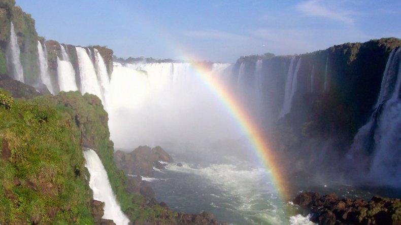 Las Cataratas del Iguazú fueron elegidas el 11 de noviembre de 2011 como una de las Siete Maravillas Naturales del Mundo.
