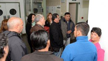 El secretario general del Sindicato Petroleros Privados Chubut, Jorge Avila e integrantes de la comisión directiva recorrieron las instalaciones de la clínica adquirida para brindar atención a los afiliados de su obra social.