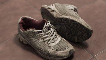 En 2015 Blas Bustamante robó un par de zapatillas, sandalias y ojotas en una zapatería del Centro. Ahora será llevado a juicio por ese caso.