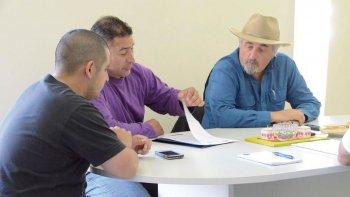 Javier Zalazar y Alberto Cuffoni durante la reunión que mantuvieron con Othar Macharashvilli y Hernán Martínez.