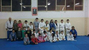 El judo municipal inicia una campaña de promoción para sumar más niños al deporte que ya cuenta con comodorenses con proyección nacional.