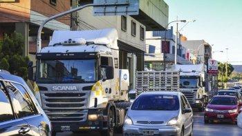 provincia analizara buscar una traza alternativa para el transito pesado