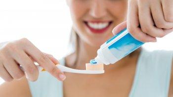 como actuan los dentifricos en los dientes