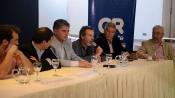 En conferencia de prensa el viceintendente Juan Pablo Luque y el secretario de Obras Públicas Abel Boyero, cuestionaron la decisión de Nación y desmintieron las versiones sobre una supuesta oposición de Linares.