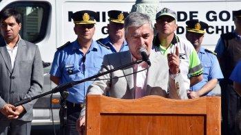 el gobernador volvio a cargar contra la megamineria
