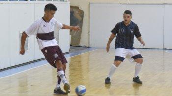 El fútbol de salón oficial continuará este fin de semana con más partidos del torneo Apertura.