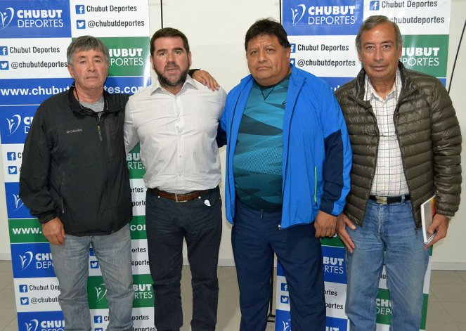 Dirigentes del vóley provincial junto al titular de Chubut Deportes acordaron apoyo para los viajes de los representativos del Newcom.