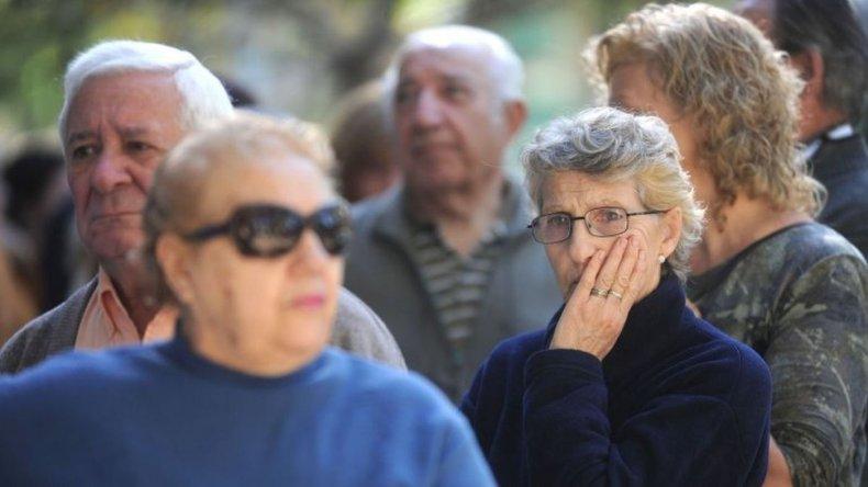 Preocupación de jubilados por las restricciones en los medicamentos