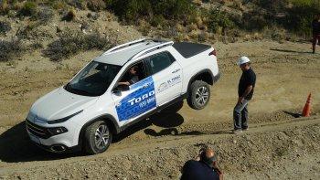 Una extensa jornada de capacitación sobre las funcionalidades del vehículo se realizó el sábado junto a profesionales de CEMSA.