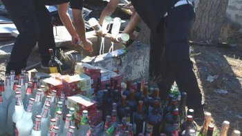 el municipio descarto 320 litros de bebidas alcoholicas