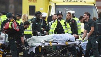 cuatro muertos en ataque terrorista en inglaterra