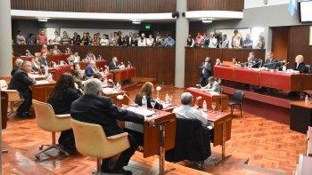 Chubut Somos Todos logró desplazar a los secretarios de la Legislatura