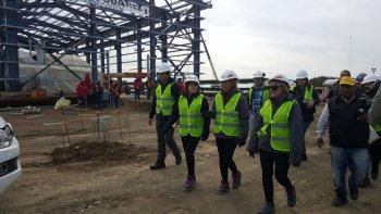 La gobernadora recorrió las obras que se ejecutan en el yacimiento Magallanes para potenciar la producción de gas y petróleo.
