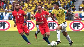 Colombia viene de empatar con Chile y le urge ganar ante Bolivia para mantener la ilusión de la clasificación.