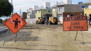 En el barrio Covicup de Kilómetro 4 el municipio también ejecuta obras de pavimentación.