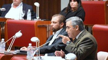 El Frente para la Victoria judicializará el desplazamiento de los secretarios Legislativos y Habilitado de la Legislatura provincial.