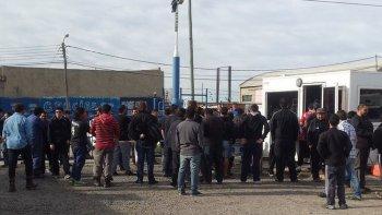 Trabajadores de SP en la base. Foto: Adolfo Morales.