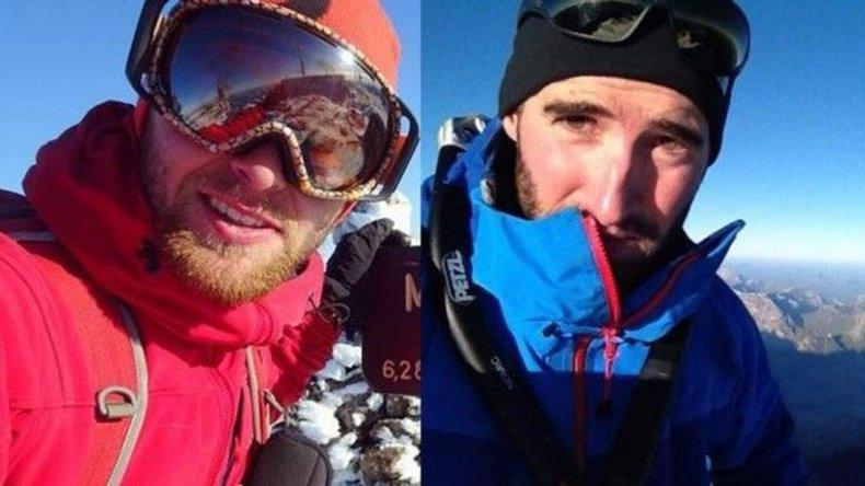 Se estima que los escaladores murieron el día 13 de marzo cuando estaban en pleno ascenso y que uno de ellos arrastró a su compañero cuando estaban encordados.