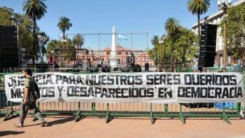 plaza de mayo es el escenario central a 41 anos de golpe de estado