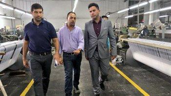 El ministro de la Producción, Pablo Mamet, visitó la empresa textil Soltex y les comunicó a los trabajadores que el Gobierno provincial les brindará una ayuda de 3 mil pesos durante seis meses.