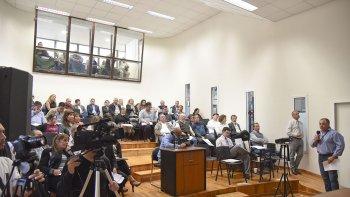La audiencia por la suba de tarifas que reclama la SCPL aportó información reveladora sobre la forma en que se conduce la cooperativa.