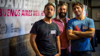 Martín Lapissonde, Pedro Levati y Manuel Castiñeyras dirigen una de las principales productoras de series web.