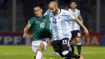 bauza sumo a javier pinola para el partido contra bolivia