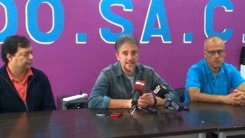 La dirigencia de ADOSAC, encabezada por el secretario general Pedro Cormack, calificó de miserable la última propuesta salarial que hizo el gobierno provincial.