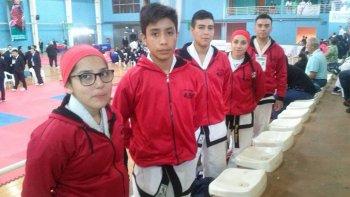 Representantes del Taekwondo de La Floresta que participaron en el Clasificatorio al Mundial en Irlanda.