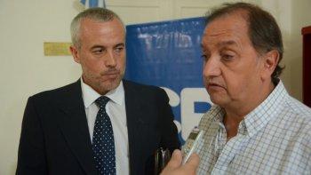 El intendente Carlos Linares se reunió ayer con el presidente de Refinería Patagónica SA, Martín Miguelez, quien ratificó su decisión de invertir en la ciudad 400 millones de dólares.