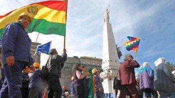 inmigrantes realizan por primera vez un paro en argentina
